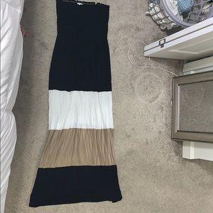 Calvin Klein size 8 maxi stripe dress strapless